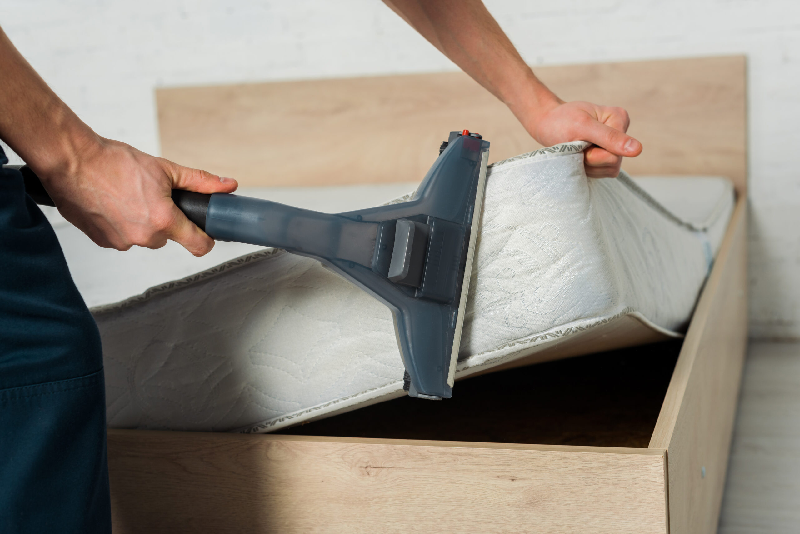 How To Fix Mattress Indentation - Vacuum It